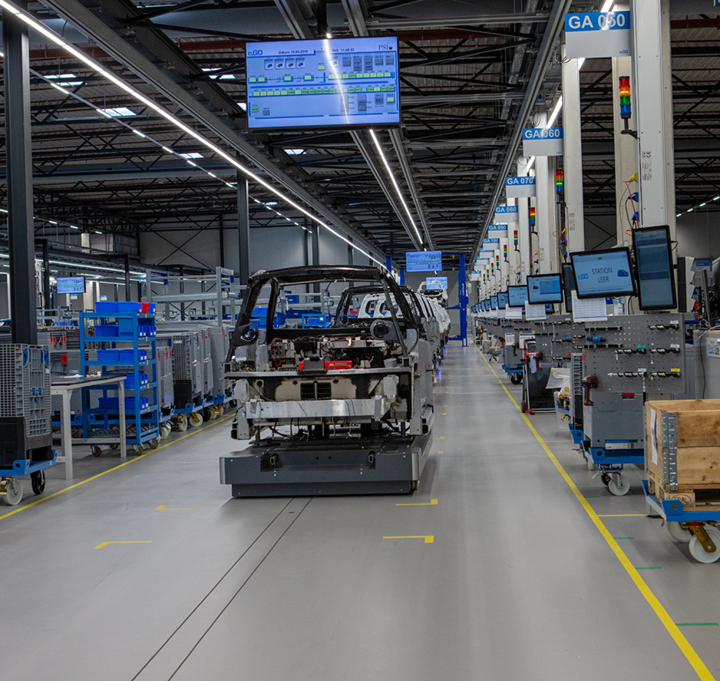 Automated Guided Vehicle in Produktionswerk